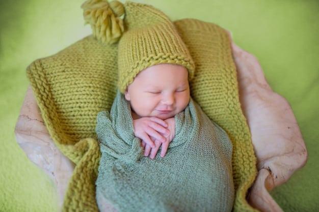 5 dicas para fazer a colheita de ADN a um bebé recém-nascido